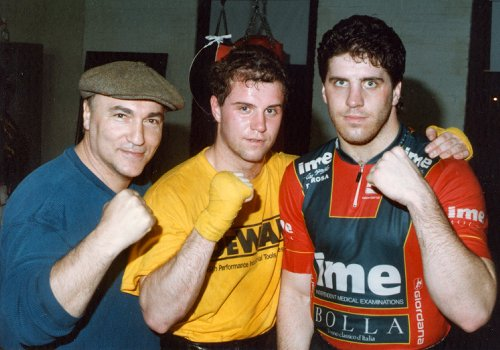 MANAGER VINNIE VECCHIONE WITH BOXERS MIKE CULBERT AND PETER McNEELEY