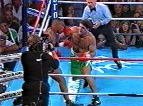 Peter McNeeley vs Mike Tyson - Image #108